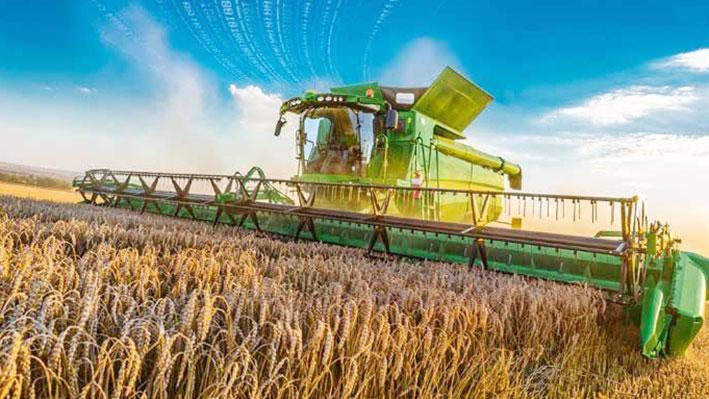 Умная система уборки урожая и метеостанции: что принесёт фермерам цифровизация АПК