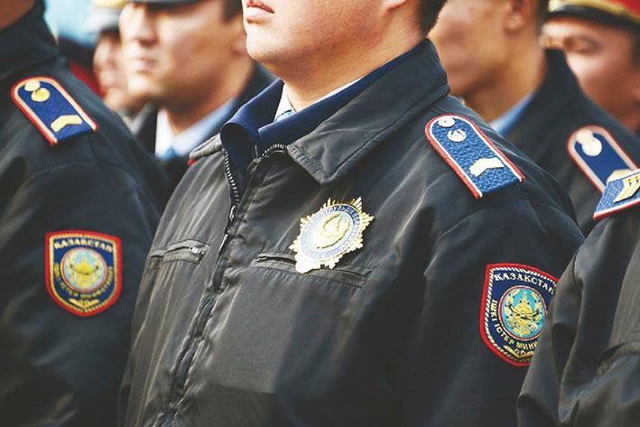 Более 9 кг наркотиков перехватили на трассе полицейские Алматинской области