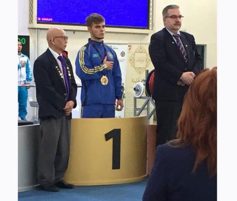 Дмитрий Чебанов из Каратальского района стал чемпионом Азии по пауэрлифтингу