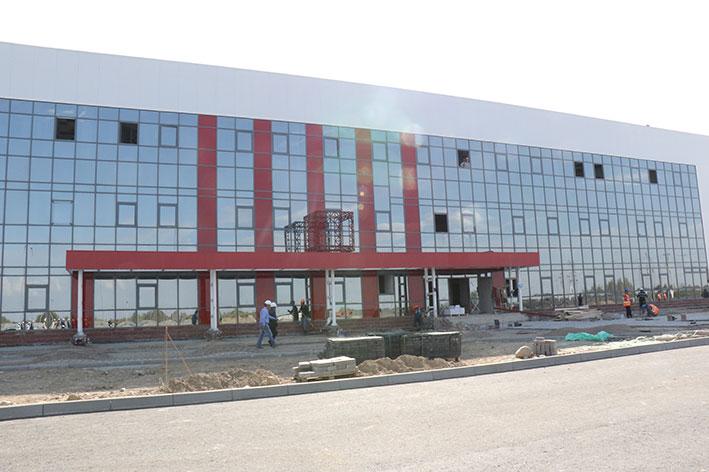 В Илийском районе российская компания «Лукойл» строит завод по производству моторных масел