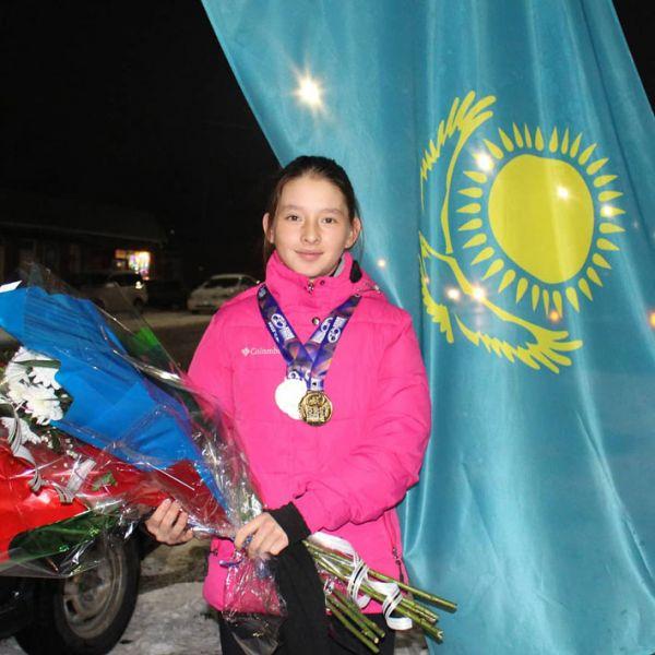Юная велогонщица завоевала три медали на чемпионате Азии